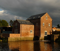 Anstey Mill (Colin'sPic's) Tags: mill village leicestershire oldbuilding anstey millpool