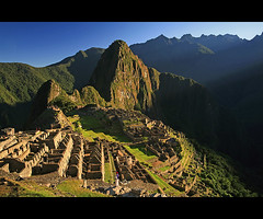 (* raymond) Tags: morning light mountains peru sunrise ruins machupicchu incas