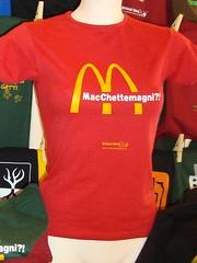 MacChettemagni?! ({to} bead free) Tags: terrafutura boycot boicottaggio francesca78foto noamcdonald macchettemagni whateatyou