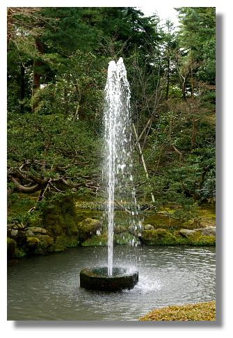 號稱日本最古老的噴泉