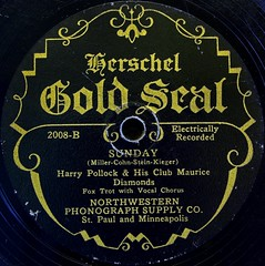 Herschel Gold Seal