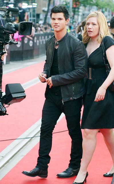 Taylor Lautner ( Twilight) 3659417568_18abddeee0_z
