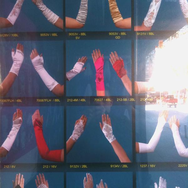 fancy glove time #walkingtoworktoday