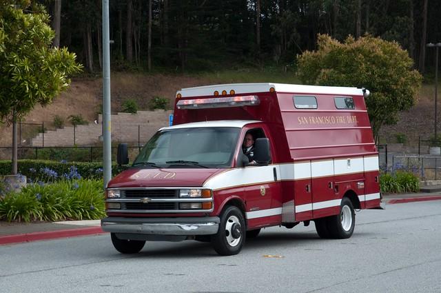 california usa firetruck sffd colma sanmateocounty sanfranciscofiredepartment chevysilverado3500 sanfranciscofiredepartmentfuneral lieutenantvincentperezandfirefighteremtanthonyvalerio