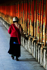 The walls (Stepan003) Tags: china moving buddhist buddhism tibet prayerwheel amdo labrang tibetan xiahe soe gansu   abigfave ysplix           flickrunitedaward