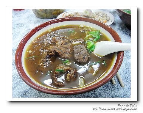 大貓紋 拍攝的 吳家牛肉麵 (3)。