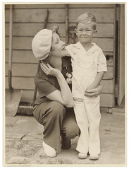 Helen Twelvetrees and her son Jack Woody, Sydney, 1936 / Sam Hood (State Library of New South Wales collection) Tags: love boys women mother hats son slacks overalls holdinghands haha embrace adore motherandchild maternal crouching gardentools berets moviestars motherly filmstars helentwelvetrees statelibraryofnewsouthwales samhood mooreparkroadsydney