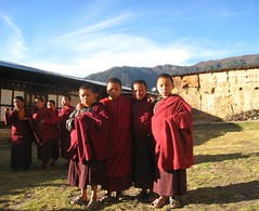 Noble men of the future, Cadres of young monks at Neyphug Goempa, Bhutan (Wonderlane) Tags: sky mountains rural bhutan grounds cadres wonderlane youngmonks neyphugmonastery photobykimroberts kimrobertsphoto neyphuggoempa