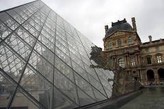 Le Louvre (Yvan LEMEUR) Tags: paris france art architecture musée histoire pyramide lelouvre