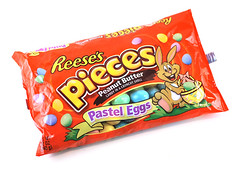 Reese's Pieces Pastel Eggs Package