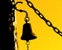 campana! (DiEgo bErrA) Tags: yellow bell campana amarillo