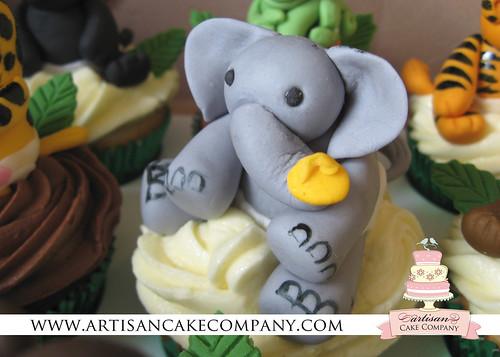 elephant_cupcake