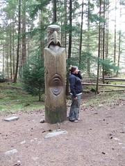 Totem pole at the Hermitage, Dunkeld (Mhairi 1975) Tags: hermitage dunkeld