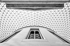 Juxtaposed (Philipp Klinger Photography) Tags: uk greatbritain light bw white reflection london window glass lines museum architecture blackwhite nikon unitedkingdom symmetry normanfoster gb british highkey britishmuseum juxtaposition philipp sigma1224mm greatcourt oldvsnew sirnormanfoster klinger juxtaposed opposti aplusphoto d700 bratanesque dcdead creattivit