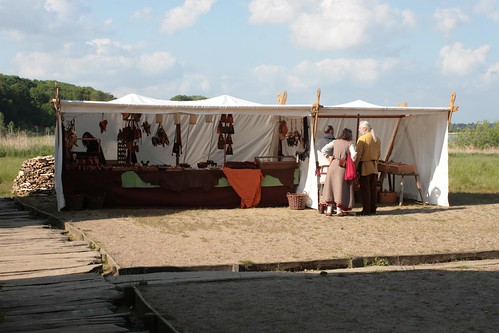 Verkaufszelt von Vikingr-Kontor in Haithabu - Museumsfreifläche Wikinger Museum Haithabu WHH 16-05-2009