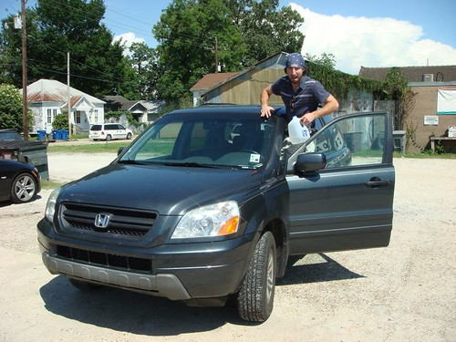 Ben and his Honda Pilot (me, envious)...