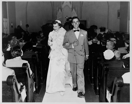 Mary Lou & Wade walking up the aisle 11_3_51 (small)