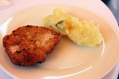 Vikarka - Teleci rizecek se staroceskym bramborovym salatem