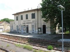 Stazione Saline di Volterra (martin.w1) Tags: italy station train italia zug bahnhof stazione treno trein itali belltalia