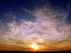 ritorno al tramonto (LA PASSIONE DI NICOLA) Tags: justclouds