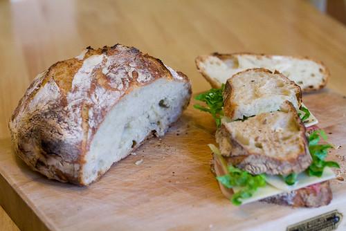No knead bread sandwhich