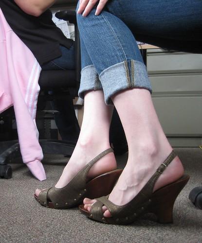 02-10 shoes