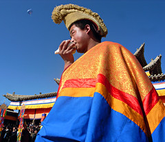 R1012724 (photochoi) Tags: travel tibetans qinghai ricohgrd
