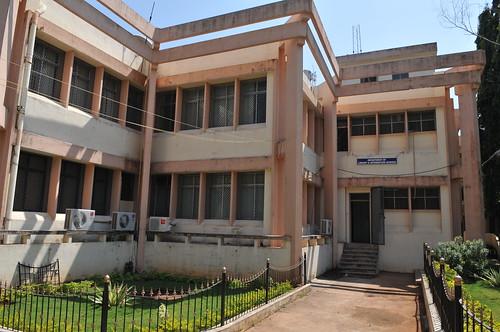 Pondicherry University - 圖資所