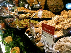 Whole Foods deli counter (Scorpions and Centaurs) Tags: food fish chicken vegetables shopping store salad vegan colorado counter glendale sidedish denver meat wholefoods meal deli grocery tuna healthyfood allyoucaneat