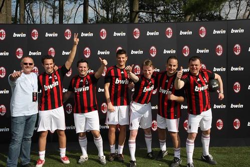 El Equipo Bwin en las instalaciones del AC Milan