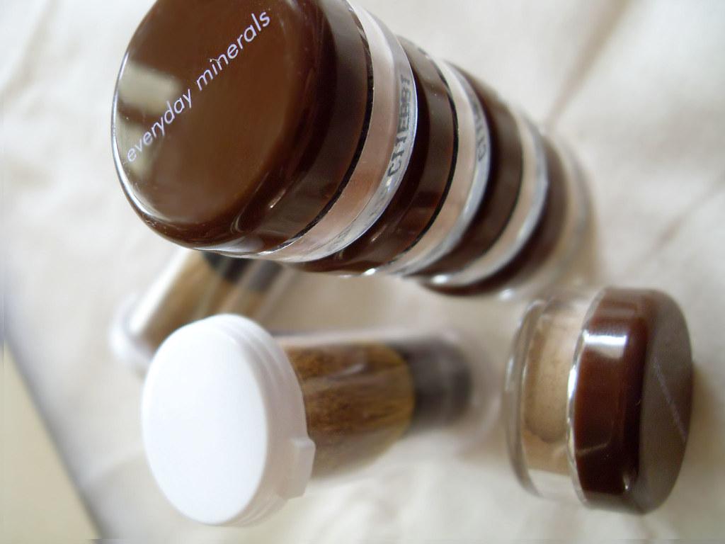 everyday minerals sample kit