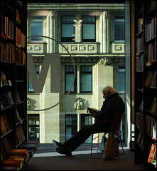 La Lectura (It's Stefan) Tags: books bookshop man lesen reading bookstore buchhandlung bcher libros libro buch librera librairie booksellersshop     oldman legger leer  lectura lektre literacy silhouette m relax relaxing light window framing explore explored silueta lazy quiet peaceful  pentaxk20d dsseldorf nrw germany lonely lonesome people      leggere lire lecture   libreria stefanhchst  stefanhoechst