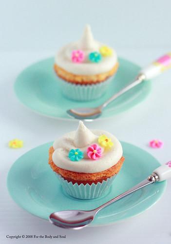 Vanilla Cupcakes 4552 f