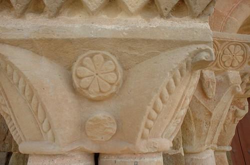 Capitells