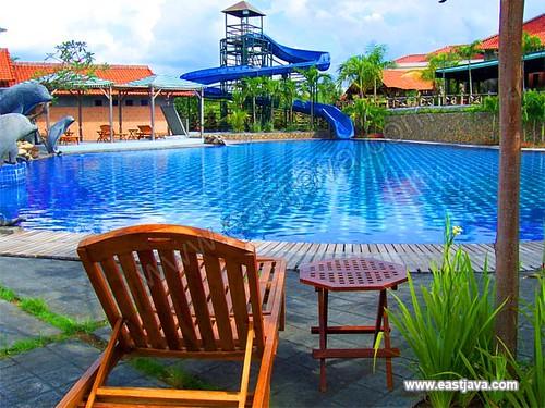 Bukit Daun Hotel & Resto - Kediri - East Java