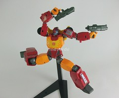 Transformers Hot Rod Revoltech (mdverde) Tags: hotrod autobots revoltech transformes hotrodimus