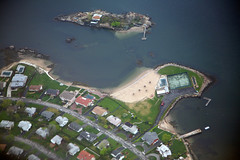 Long Island Sound Aerial (the schneider clan) Tags: newyork beach club private airplane dock view aviation aerial neighborhood tennis newrochelle westchester windowseat westchestercounty sansouci kensingtonoval