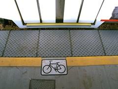 TRAX platform bicycle symbol