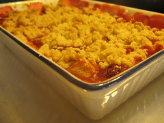 Rhubarb-Strawberry Crumble