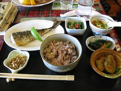 日式鹽烤鯖魚飯$250