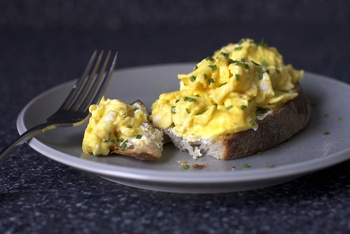 scrambled egg toast with goat cheese