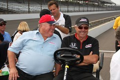 A.J. Foyt & Rick Mears sharing a laugh (indianapolismotorspeedway.com) Tags: camera speed canon mark length mode rating eos1d ims indy500 indycar 601 izod indianapolis500 indianapolismotorspeedway ajfoyt rickmears 5focal iiiexposure 250metering 1200fnumber 81iso
