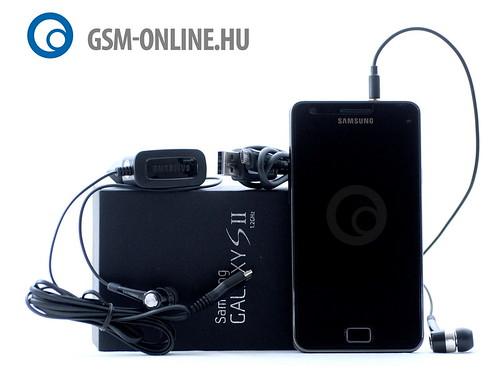 Samsung Galaxy S II dobozával