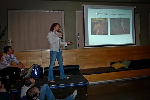 Meitar presenting at IgniteSydney