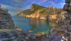 la grotta (spettacolopuro) Tags: sea italy interesting mare village pano liguria panoramic panoramica cave portovenere hdr grotta captivating andrearossi colourartaward spettacolopuro