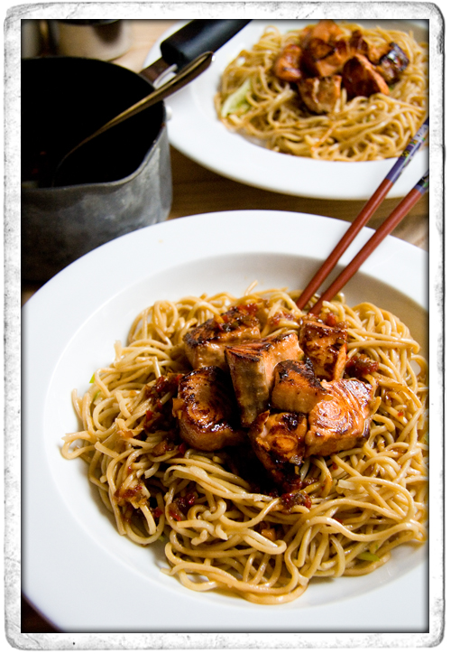 :: Teriyaki Salmon with Noodles