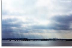 Da gris (luisete!) Tags: light espaa sun luz sol clouds port canon gris spain day gray dia nubes catalunya nublado 1855mm catalua tarragona aventura nwn 1000d