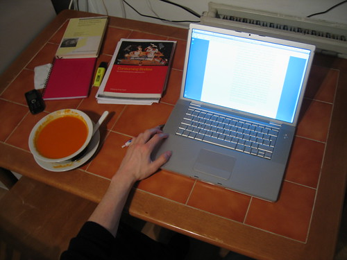 13 April 2009 · studying by tripu, on Flickr