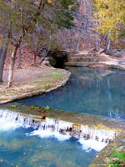 Withrow Springs (Caver_5150) Tags: sunlight macro nature water creek river spring rocks stream photos awesome scenic springs cave geology caving ozarks bluff caver withrowspringsstatepark withrowsprings donaldlocander