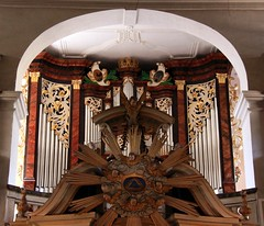 (:Linda:) Tags: music church germany town leute kirche thuringia altar organ inside musik rococo orgel mensch rokoko suhl kirchenmusik kircheninneres churchinside orgelmusik kircheinnen nonalivepeople kircheninnen